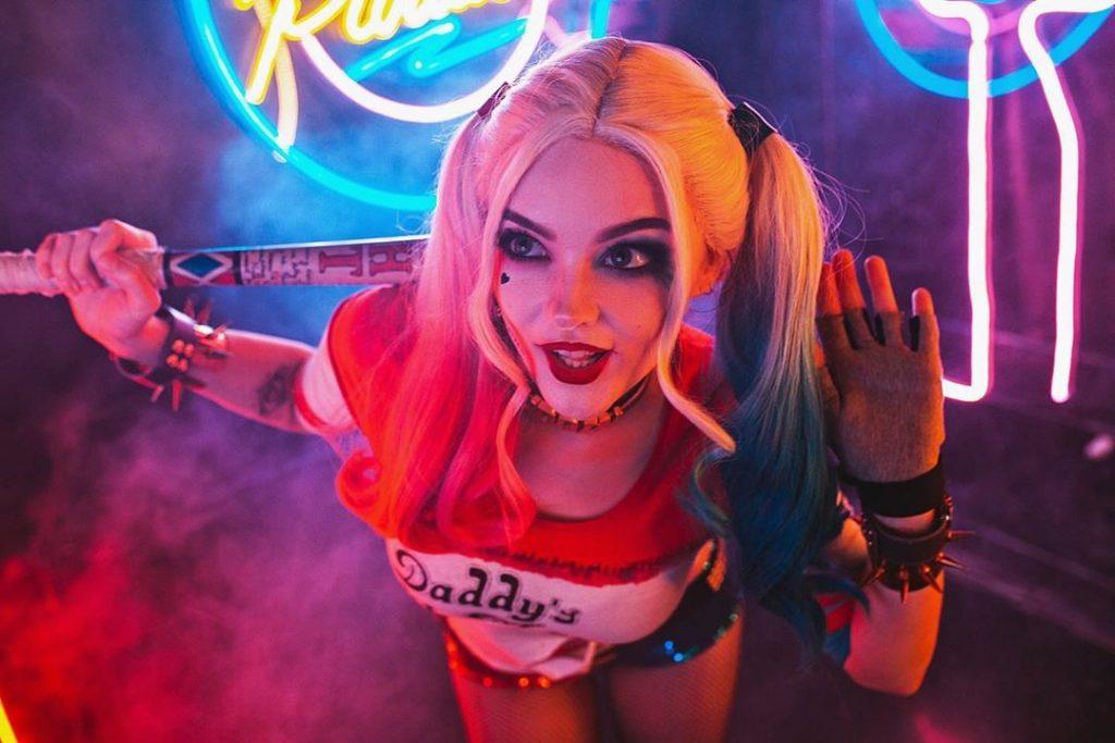 de9pbop-cbfc4e53-1568-425b-a70f-6a45a5015369-1024x683 Un Cosplay de Harley Quinn – Suicide Squad par Katssby #212