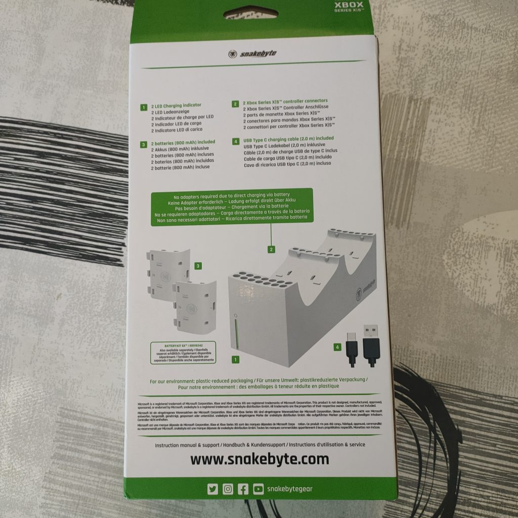 wp-1612951889202-1024x1024 Présentation du chargeur Charge SX de Snakebyte Twin pour Xbox